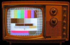 شکل-تلویزیون رنگی و لوله تله کروم